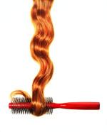 Haarsträhne mit Bürste